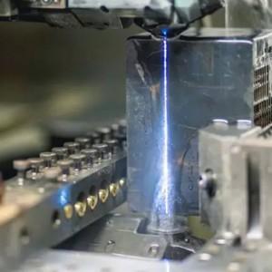 Eletroerosão furo rápido